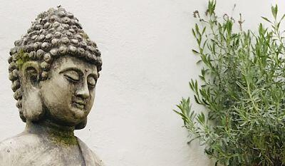 Retiro urbano de mindfulness durante un día